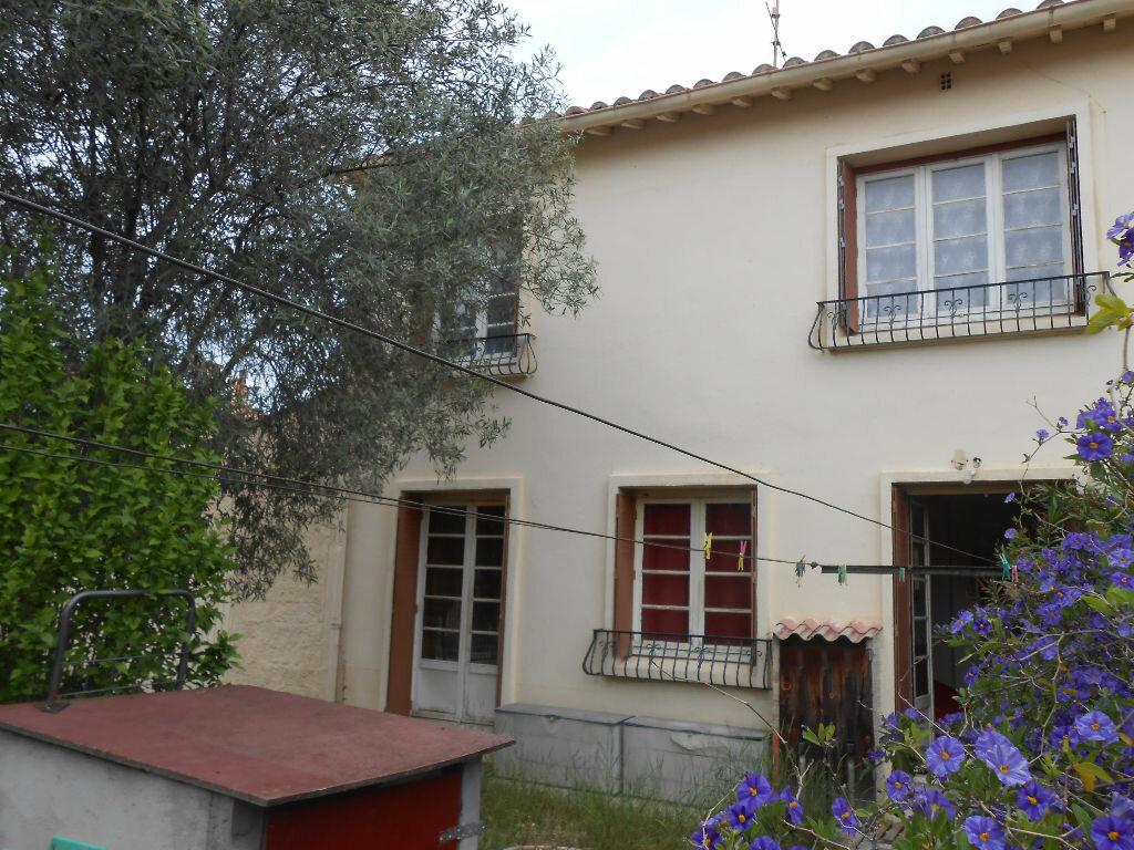 Achat Maison 4 pièces à Saint-Estève - vignette-1