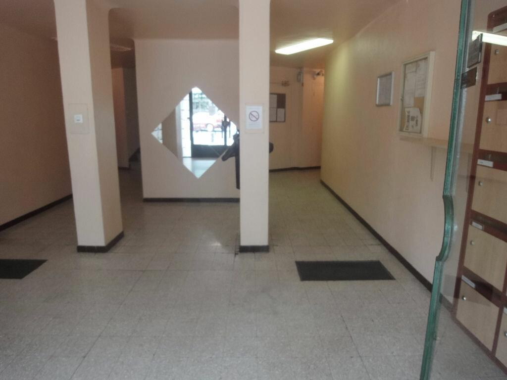 Achat Appartement 4 pièces à Perpignan - vignette-11