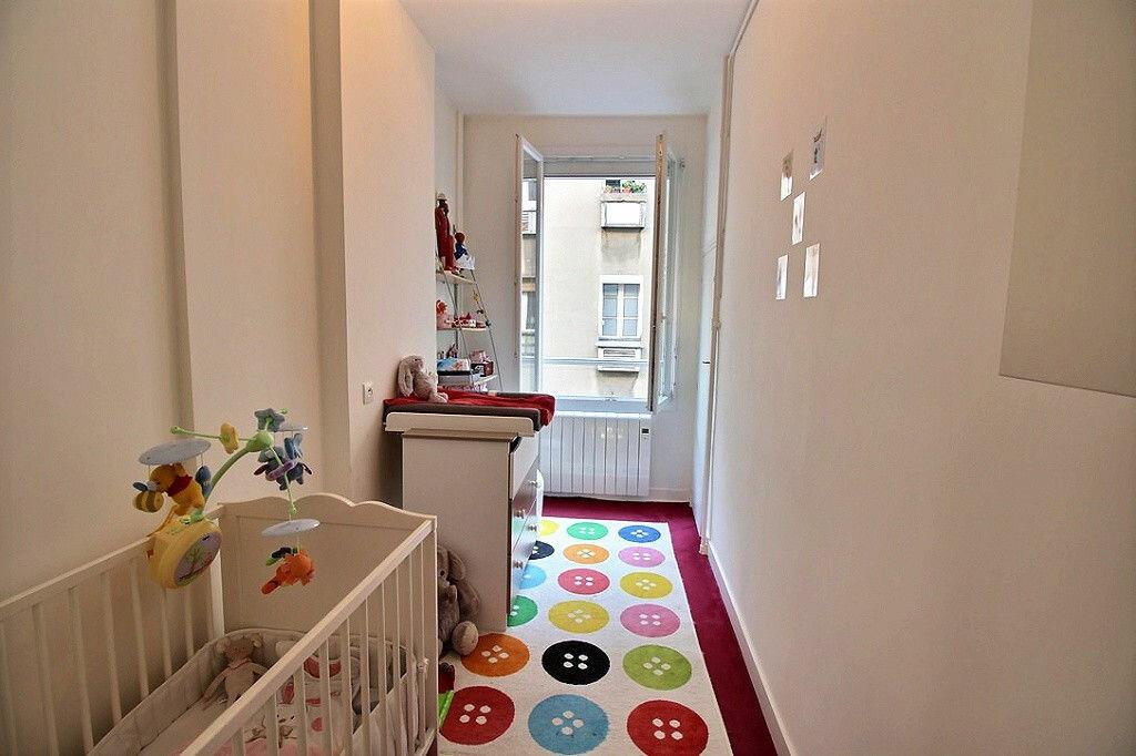 Achat Appartement 3 pièces à Paris 17 - vignette-6