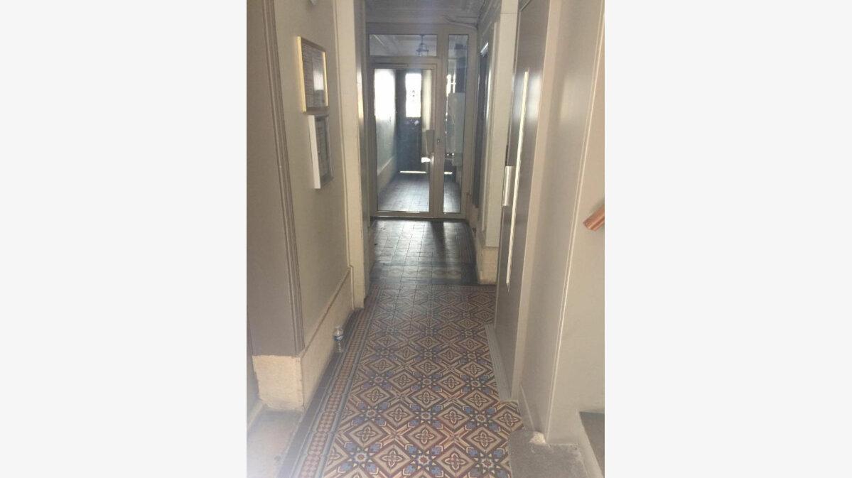 Achat Appartement 1 pièce à Paris 9 - vignette-6
