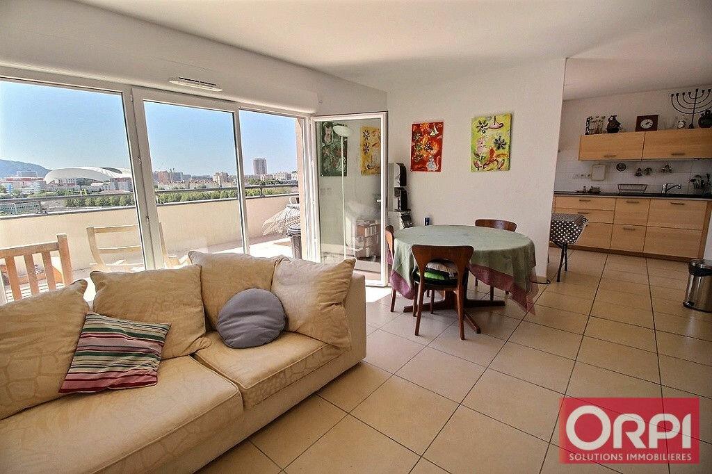 Achat Appartement 4 pièces à Marseille 10 - vignette-1