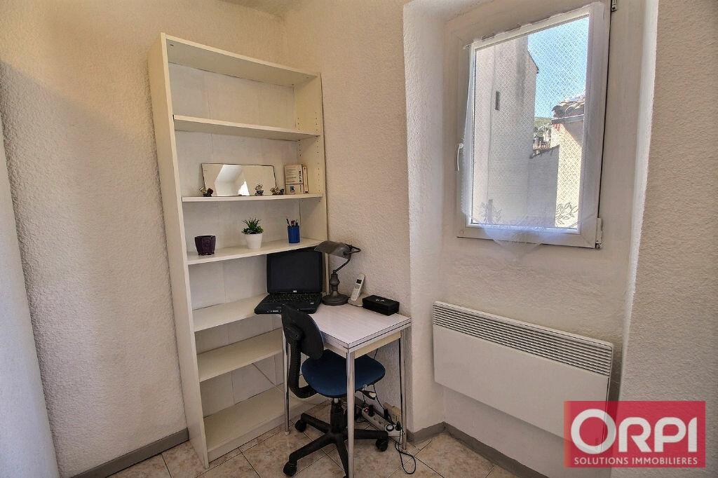Achat Appartement 2 pièces à Marseille 11 - vignette-4