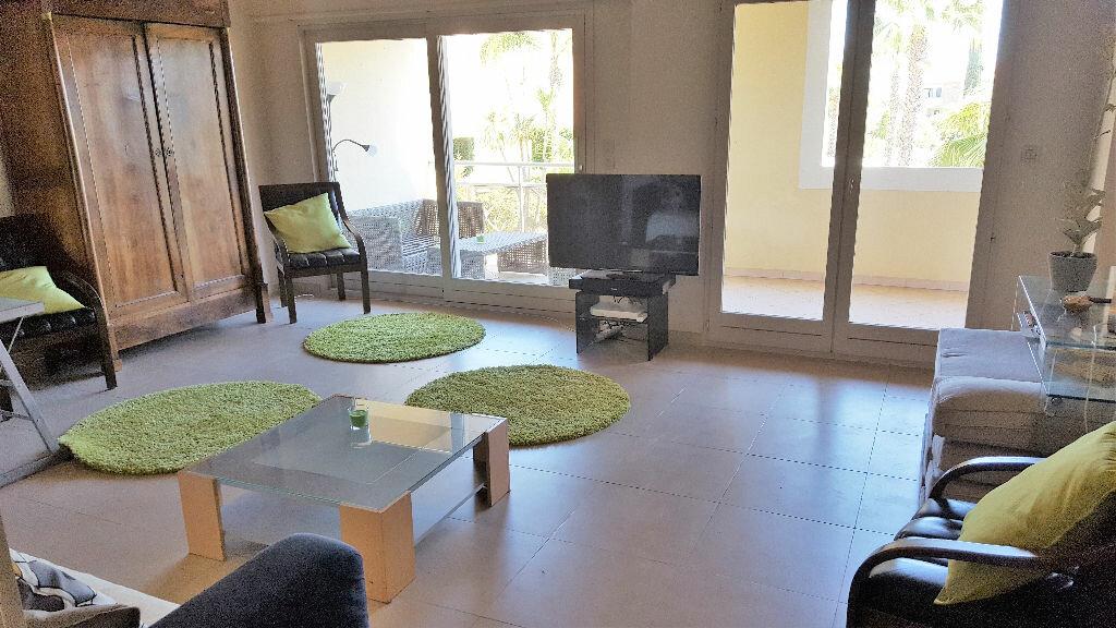 Achat Appartement 6 pièces à Hyères - vignette-4