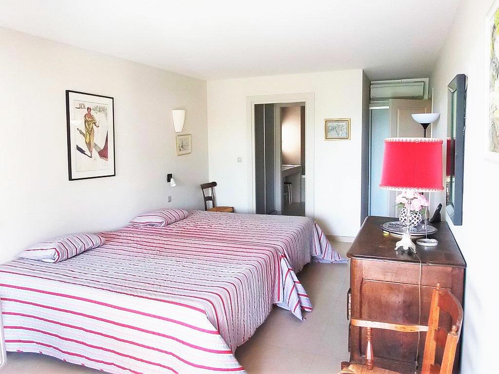 Achat Appartement 6 pièces à Hyères - vignette-7