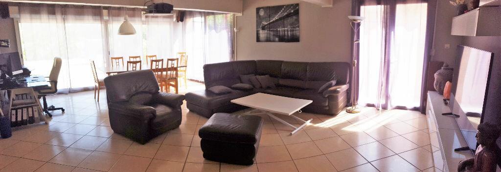 Achat Appartement 5 pièces à Hyères - vignette-2