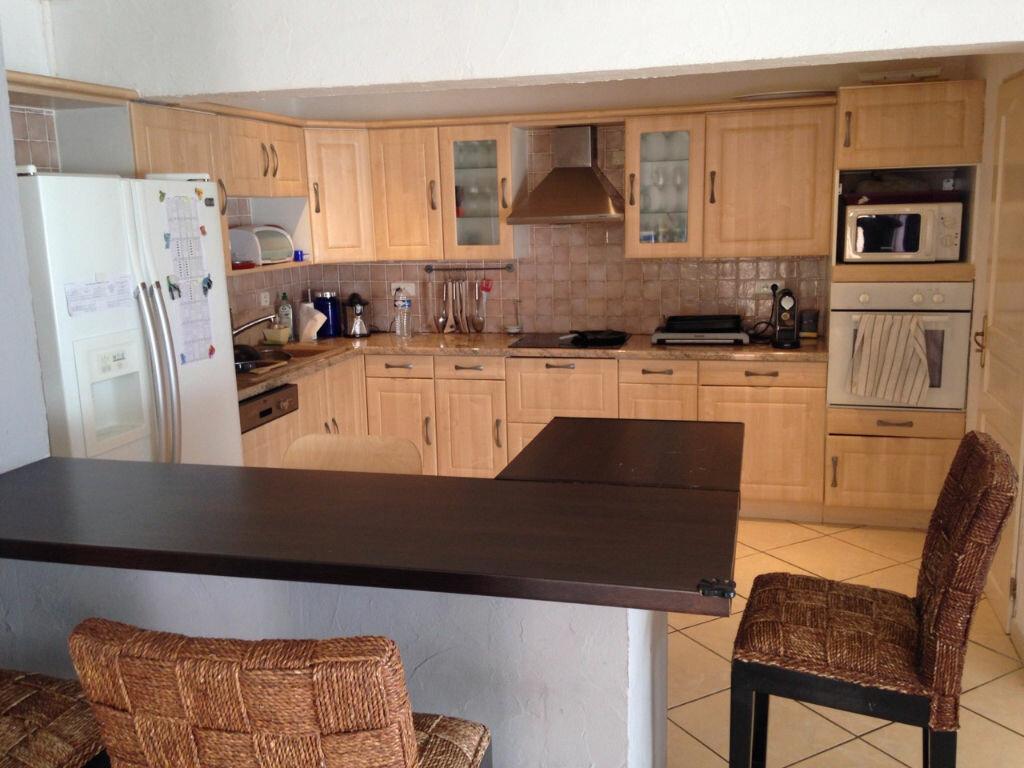 Achat Appartement 5 pièces à Hyères - vignette-3