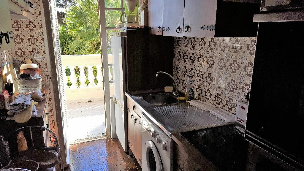 Achat Appartement 2 pièces à Hyères - vignette-11