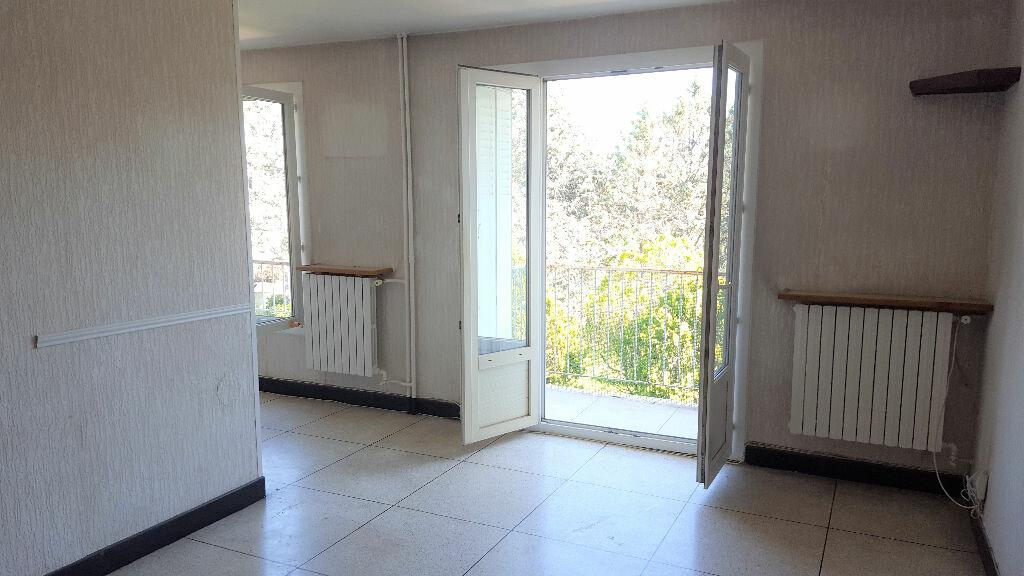 Achat Appartement 3 pièces à Hyères - vignette-4