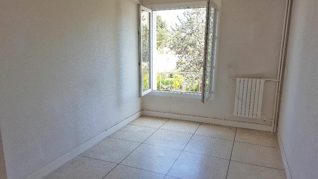 Achat Appartement 3 pièces à Hyères - vignette-6