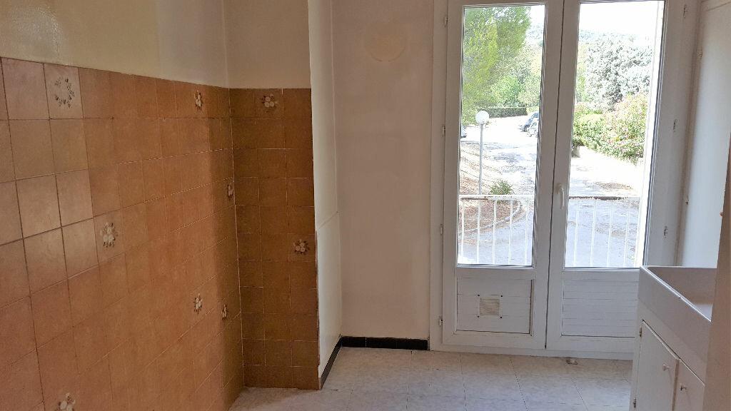 Achat Appartement 3 pièces à Hyères - vignette-7