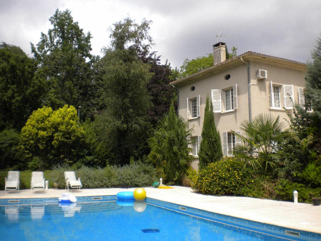 Achat Maison 14 pièces à Roquecourbe - vignette-1