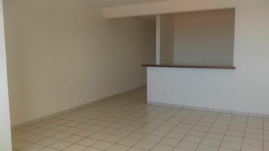 Achat Appartement 2 pièces à Cayenne - vignette-2