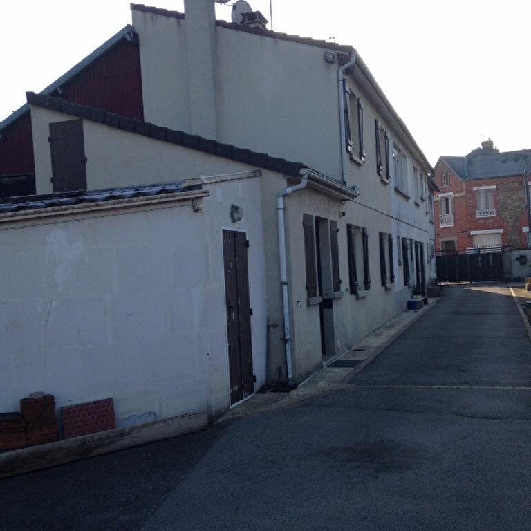 Achat Maison 11 pièces à Margny-lès-Compiègne - vignette-1