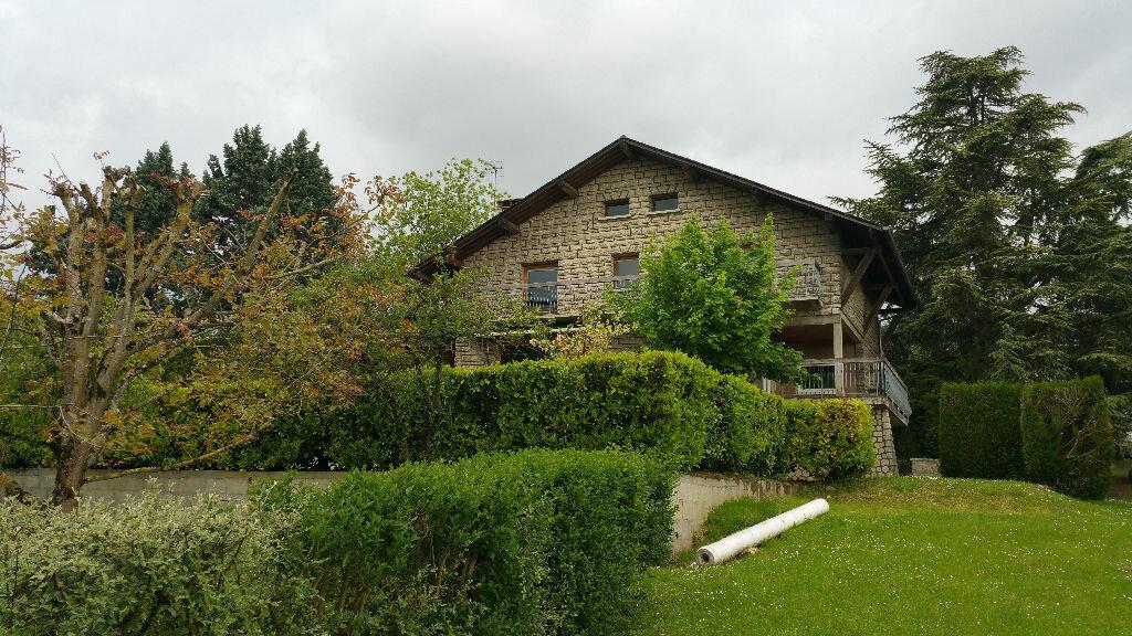 Achat Maison 9 pièces à Margny-lès-Compiègne - vignette-1