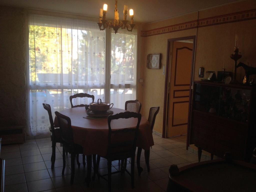 Achat Appartement 3 pièces à Margny-lès-Compiègne - vignette-1