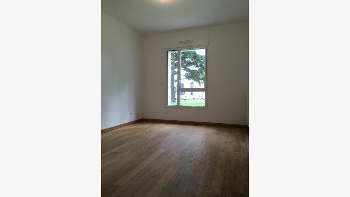 Location Appartement 3 pièces à Rennes - vignette-1
