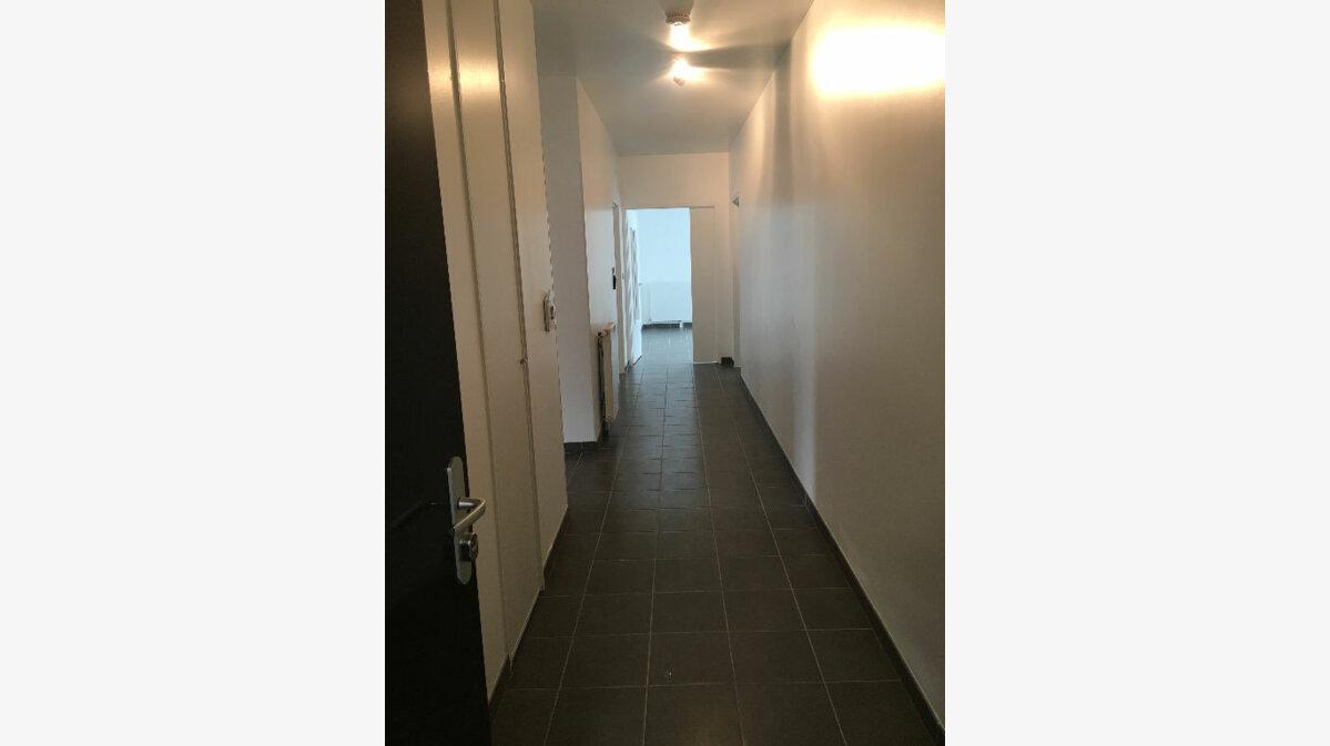 Location Appartement 4 pièces à Rennes - vignette-9