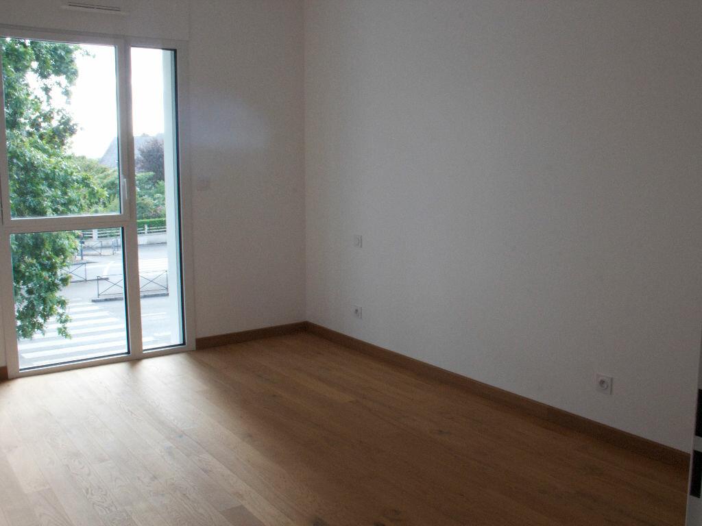 Location Appartement 4 pièces à Rennes - vignette-2