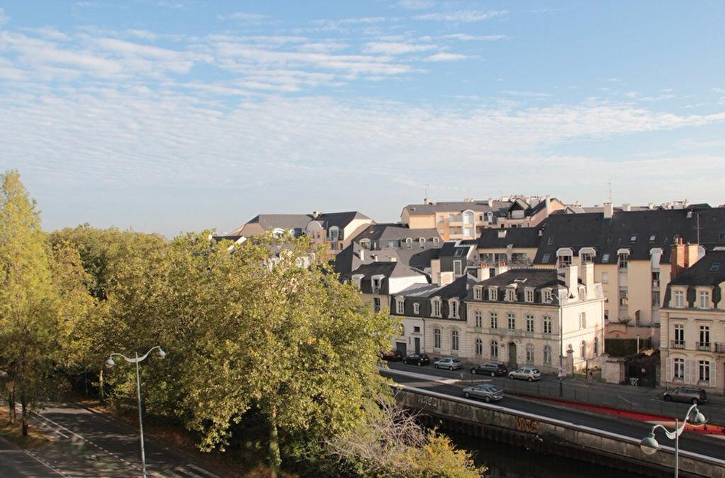 Achat Appartement 5 pièces à Rennes - vignette-1