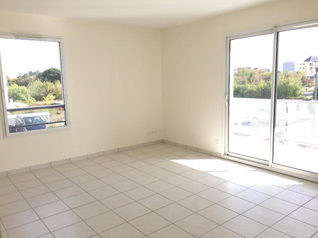 Location Appartement 3 pièces à Cesson-Sévigné - vignette-1
