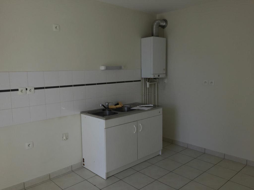 Location Appartement 3 pièces à Cesson-Sévigné - vignette-3