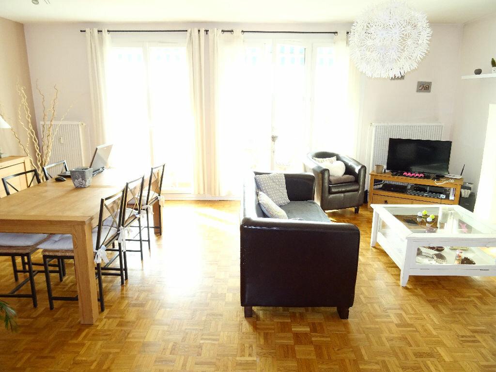 Achat Appartement 4 pièces à Francheville - vignette-1