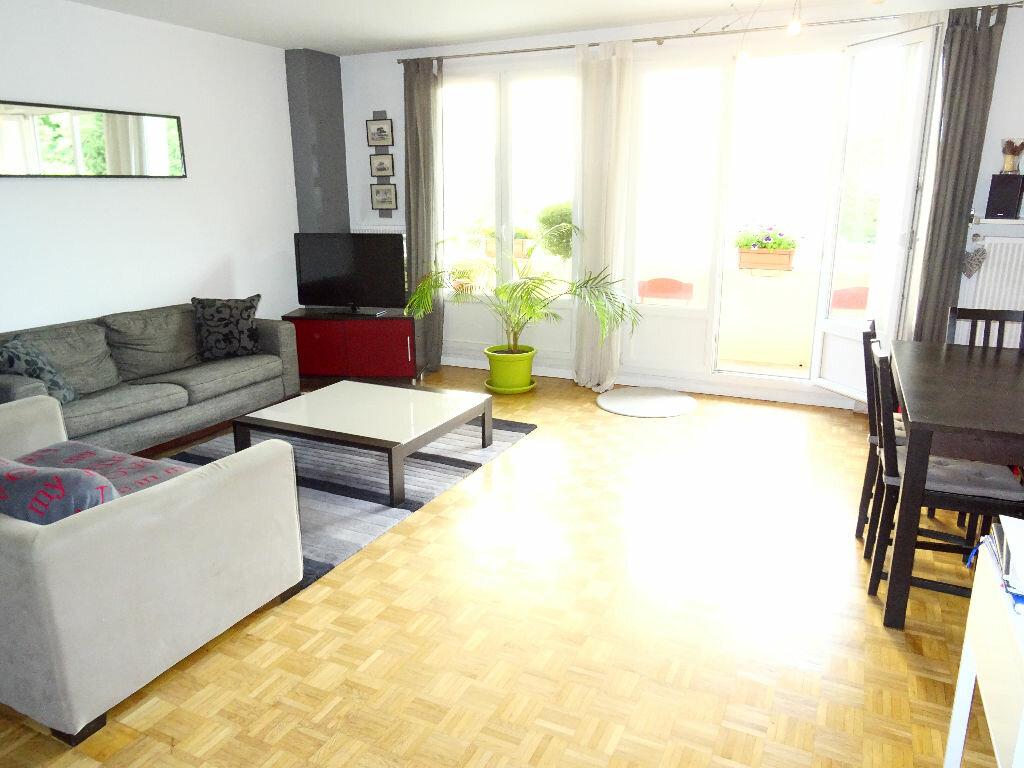Achat Appartement 3 pièces à Francheville - vignette-1
