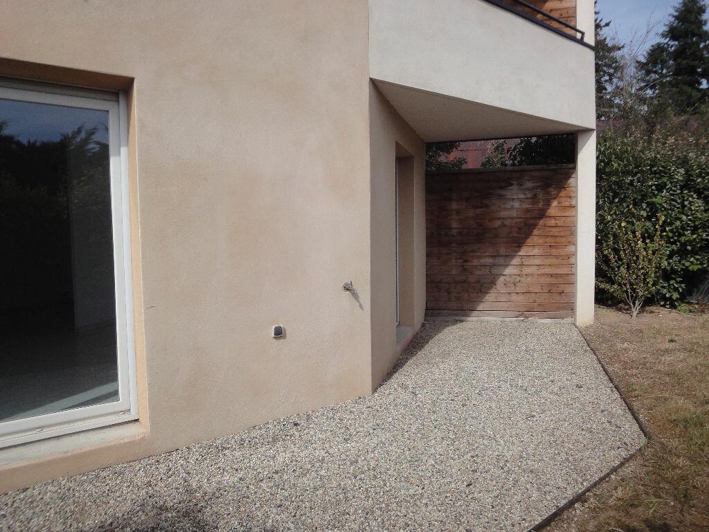 Location Appartement 4 pièces à Vaugneray - vignette-1