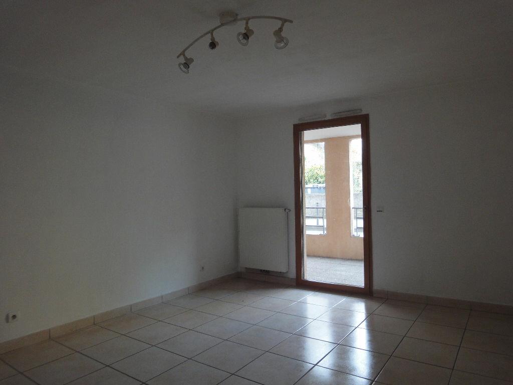 Location Appartement 2 pièces à Belleville - vignette-1