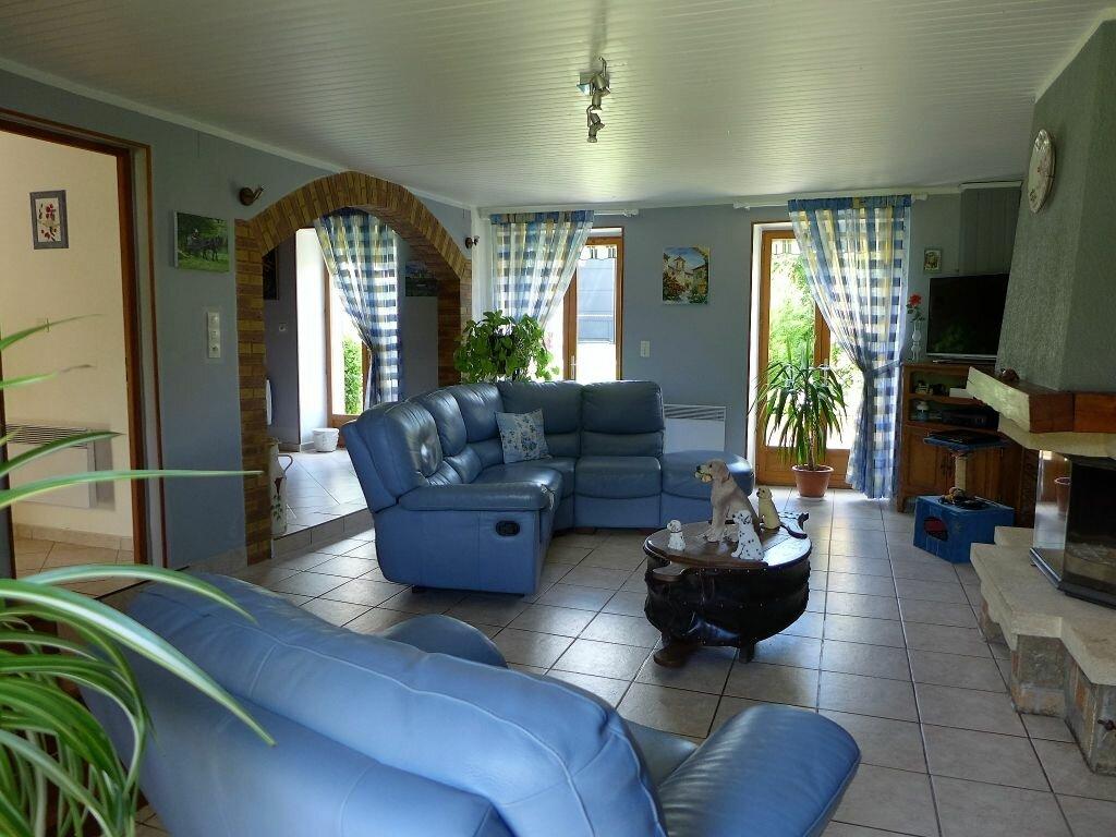 Achat Maison 5 pièces à Saint-Gilles - vignette-12