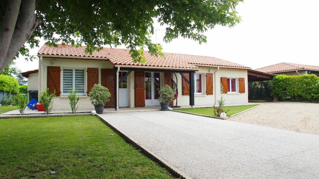Achat Maison 4 pièces à Saint-Louis-de-Montferrand - vignette-1