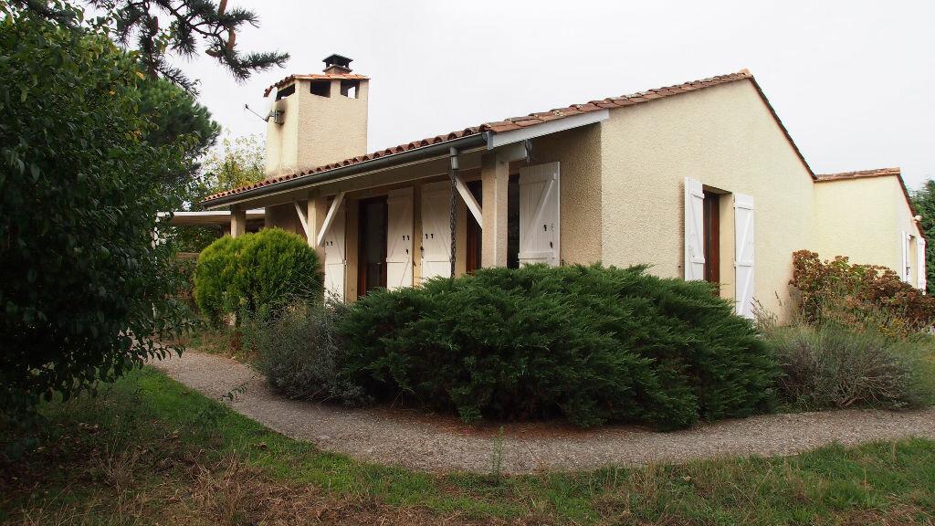 Achat Maison 5 pièces à Ambarès-et-Lagrave - vignette-1