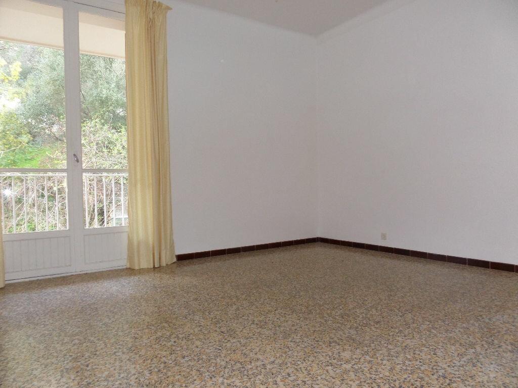 Achat Appartement 3 pièces à Ajaccio - vignette-3