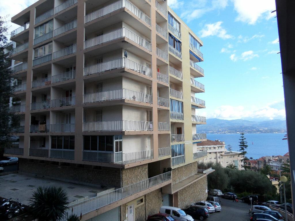 Achat Appartement 3 pièces à Ajaccio - vignette-8