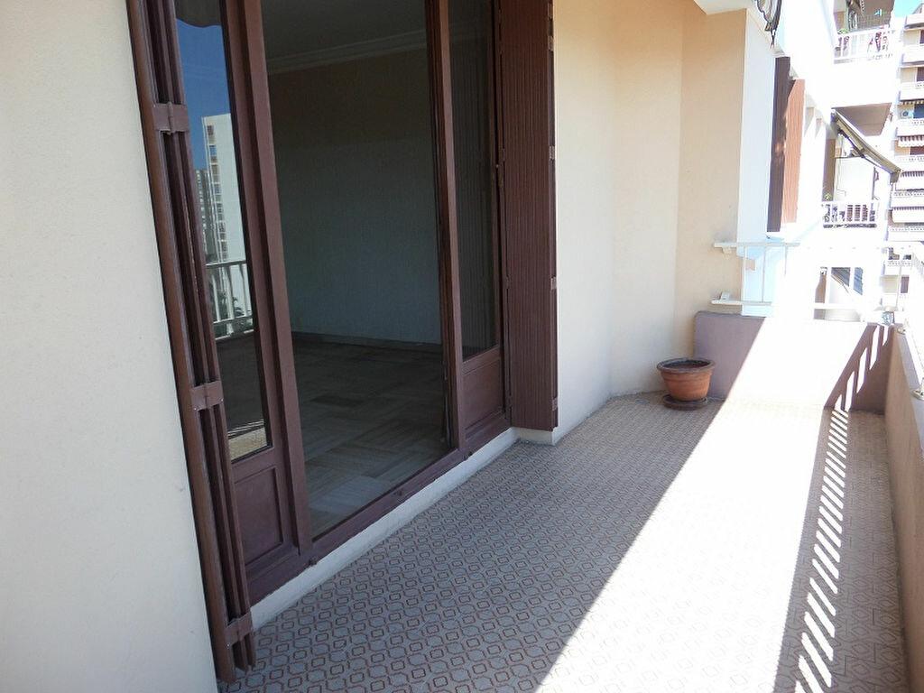 Achat Appartement 3 pièces à Ajaccio - vignette-12