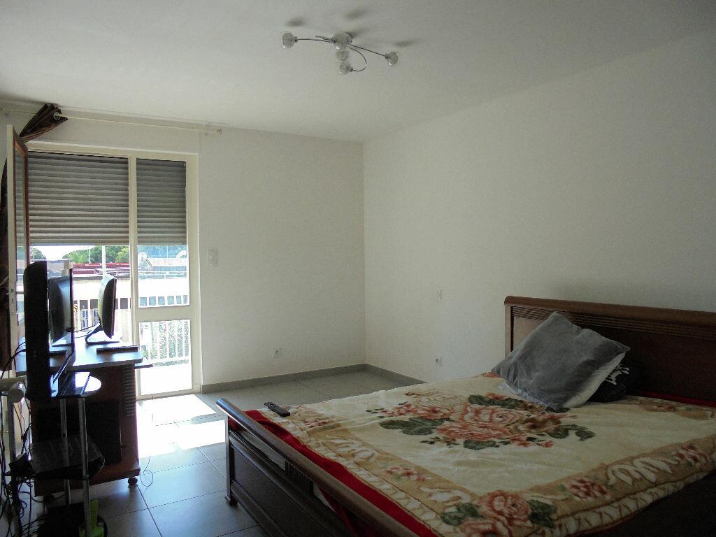 Achat Appartement 4 pièces à Ajaccio - vignette-3