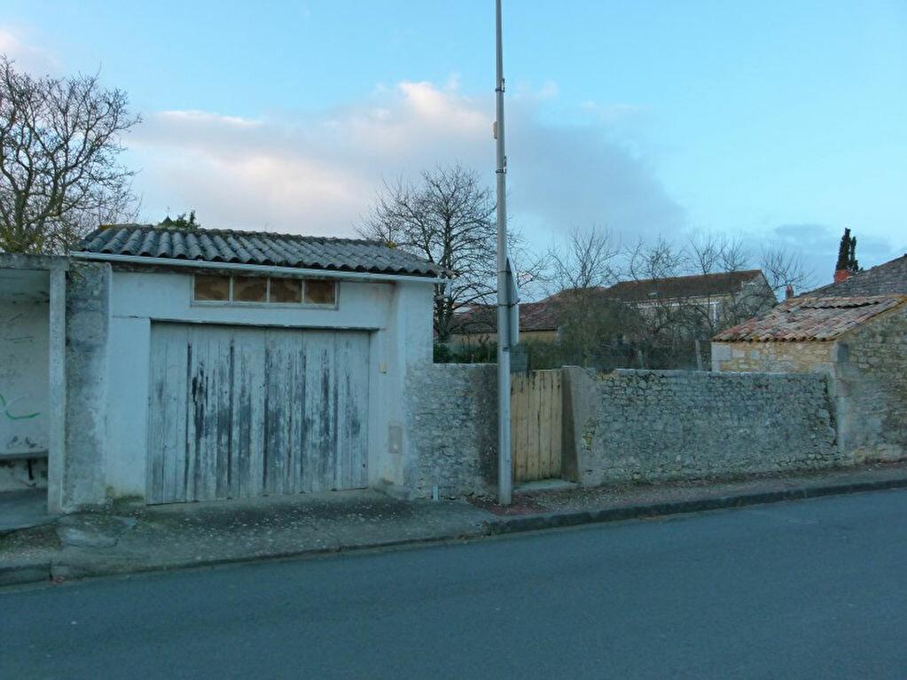 Achat Maison 4 pièces à Saint-Romain-de-Benet - vignette-7