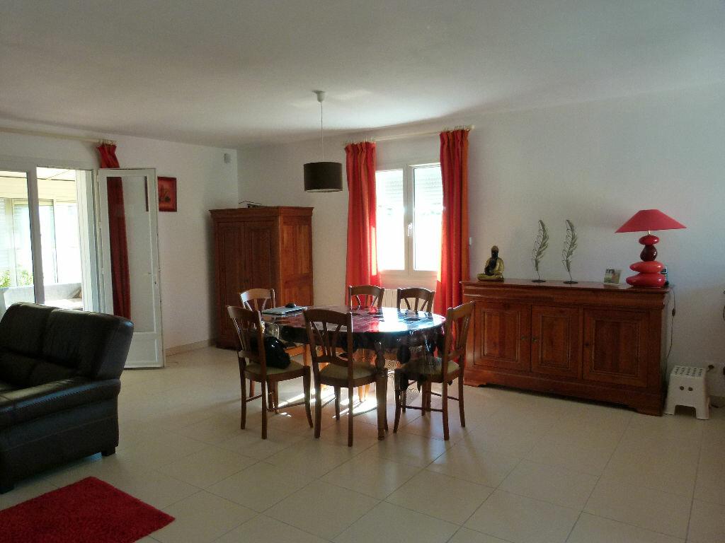 Achat Maison 3 pièces à Saint-Georges-des-Coteaux - vignette-5