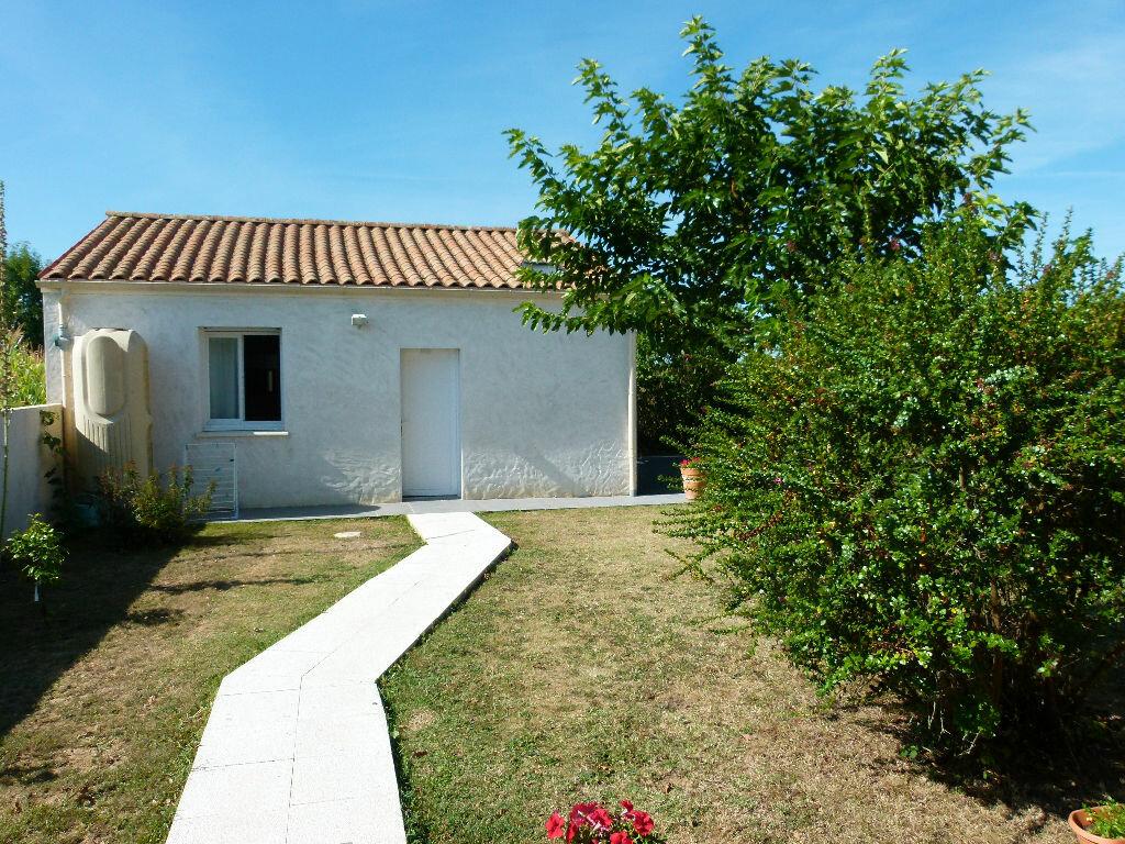 Achat Maison 3 pièces à Saint-Georges-des-Coteaux - vignette-12