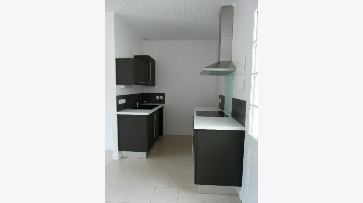 Location Maison 2 pièces à Le Gua - vignette-2