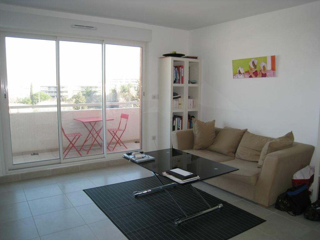 Location Appartement 2 pièces à Marseille 8 - vignette-1