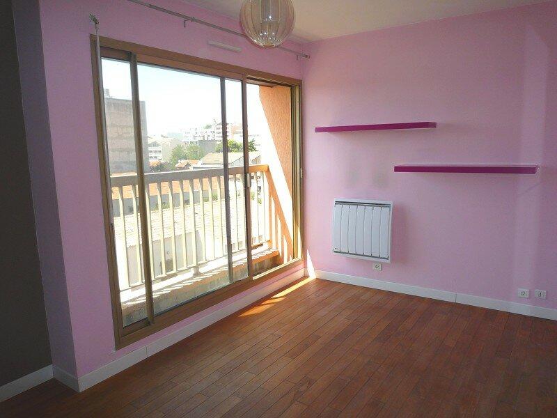 Achat Appartement 1 pièce à Marseille 10 - vignette-1