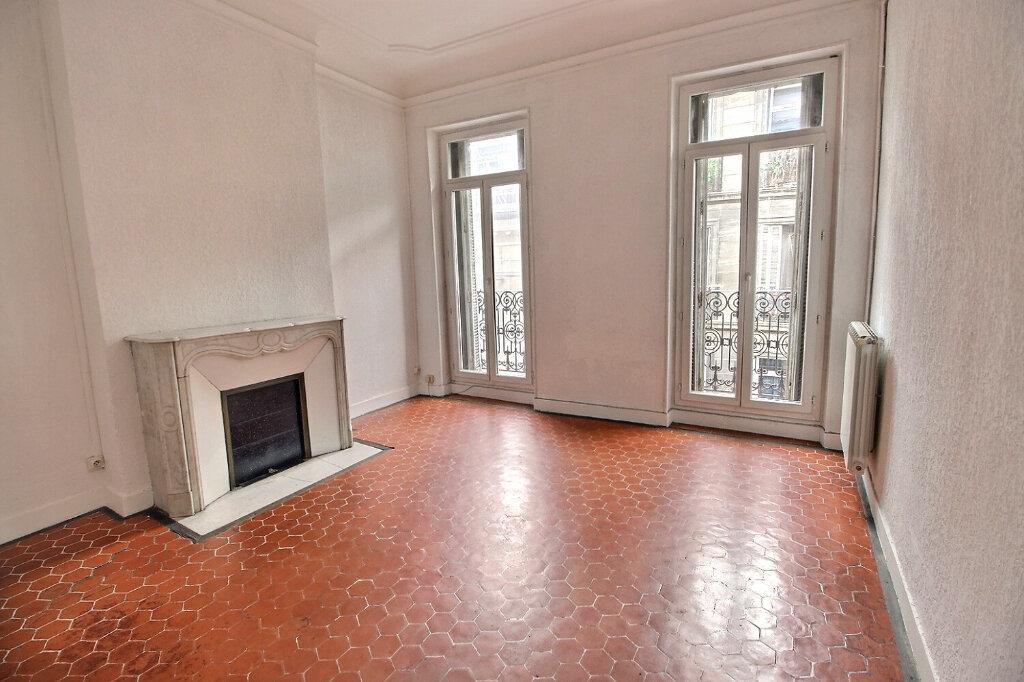 Location Appartement 3 pièces à Marseille 1 - vignette-1