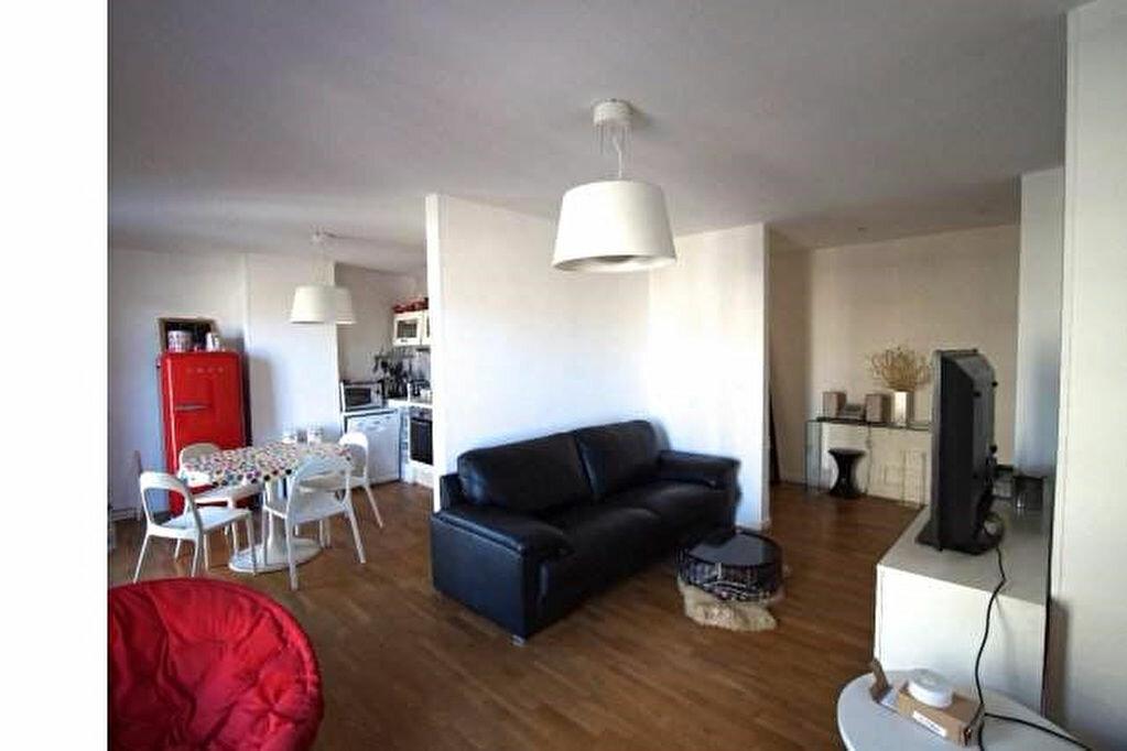 Achat Appartement 4 pièces à Marseille 5 - vignette-1