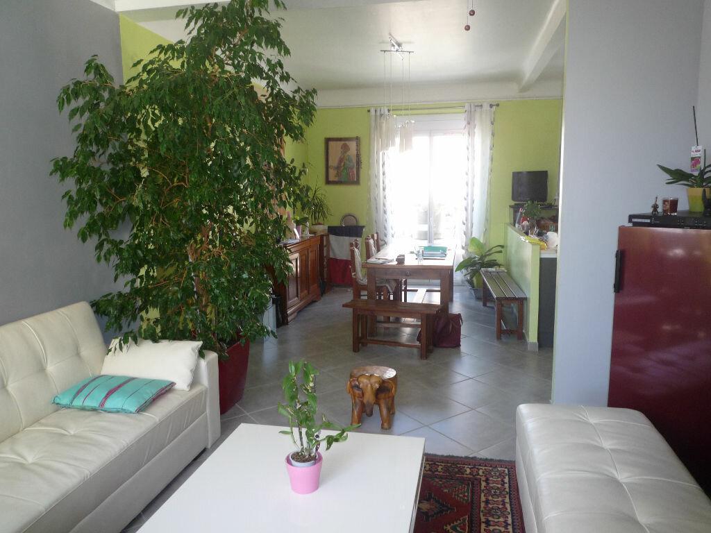 Achat Appartement 5 pièces à Marseille 10 - vignette-1