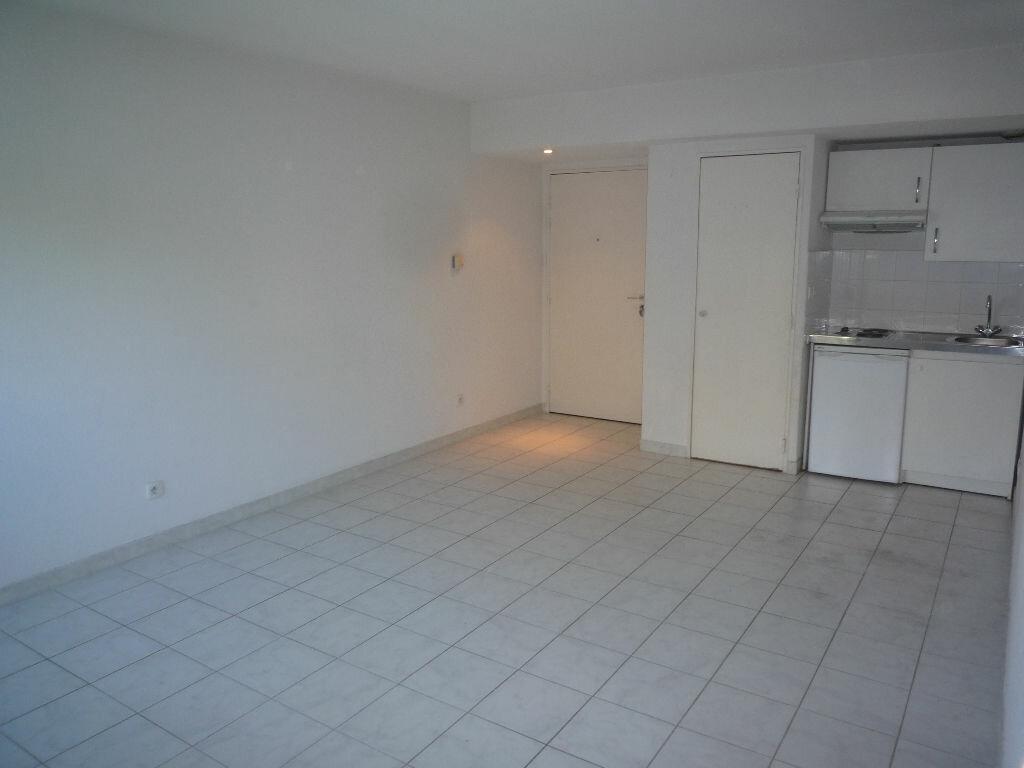 Achat Appartement 2 pièces à Marseille 5 - vignette-5