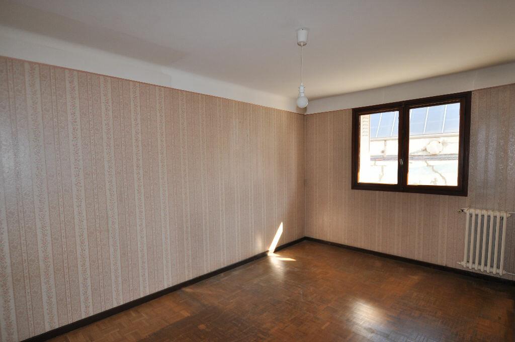 Achat Appartement 3 pièces à Marseille 10 - vignette-3