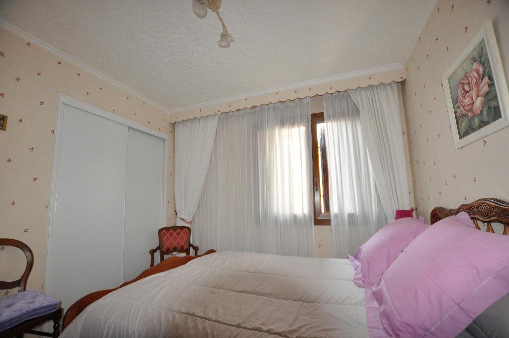Achat Appartement 3 pièces à Marseille 5 - vignette-7