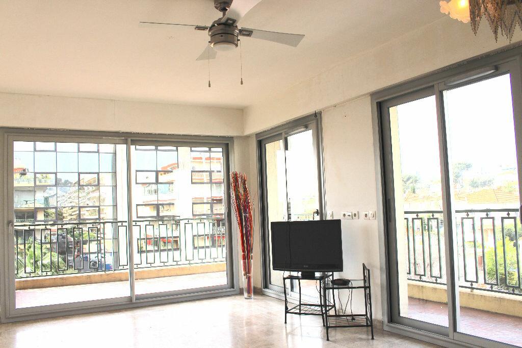 Achat Appartement 2 pièces à Le Cannet - vignette-1