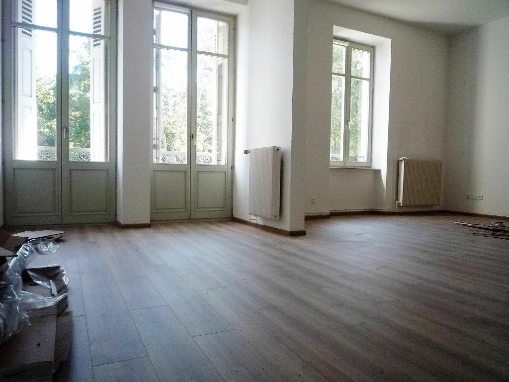 Location Appartement 4 pièces à Colmar - vignette-1